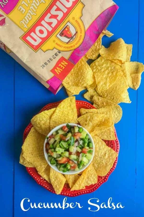 Cucumber Salsa is quick easy and will be your new favorite way to use cucumbers. Only 6 ingredients: cucumbers, lime, tomatoes, cilantro, onion & jalapeño. #ad #cucumber #salsa #missionchips