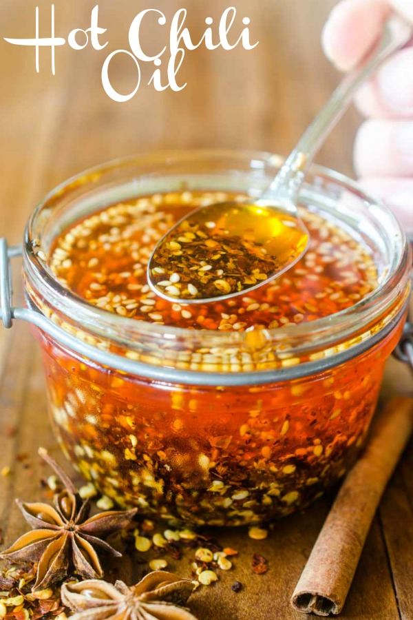It's easy to make Homemade Chili Oil! Learn how here. #hotchilioil #chilehead #hotsauce