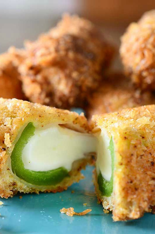 Jalapeno Mozzarella Sticks are crispy and crunchy on the outside and cheesy and spicy on the inside. Party appetizer perfection!